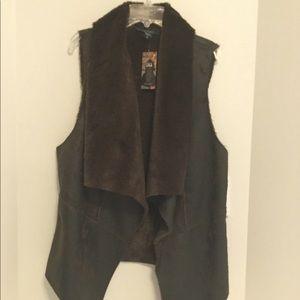 New Karen Kane Vintage look faux leather&fur vest